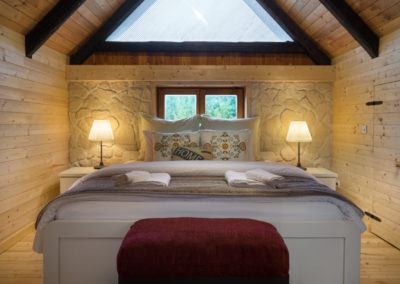 bufallo-lodge-kingsize-bed
