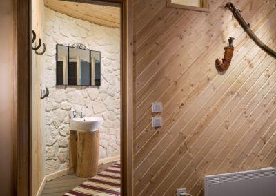 linden-tree-casita-bathroom