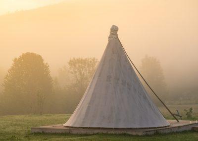 linden-tree-lakota-tipi