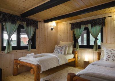 bufallo-lodge-beds